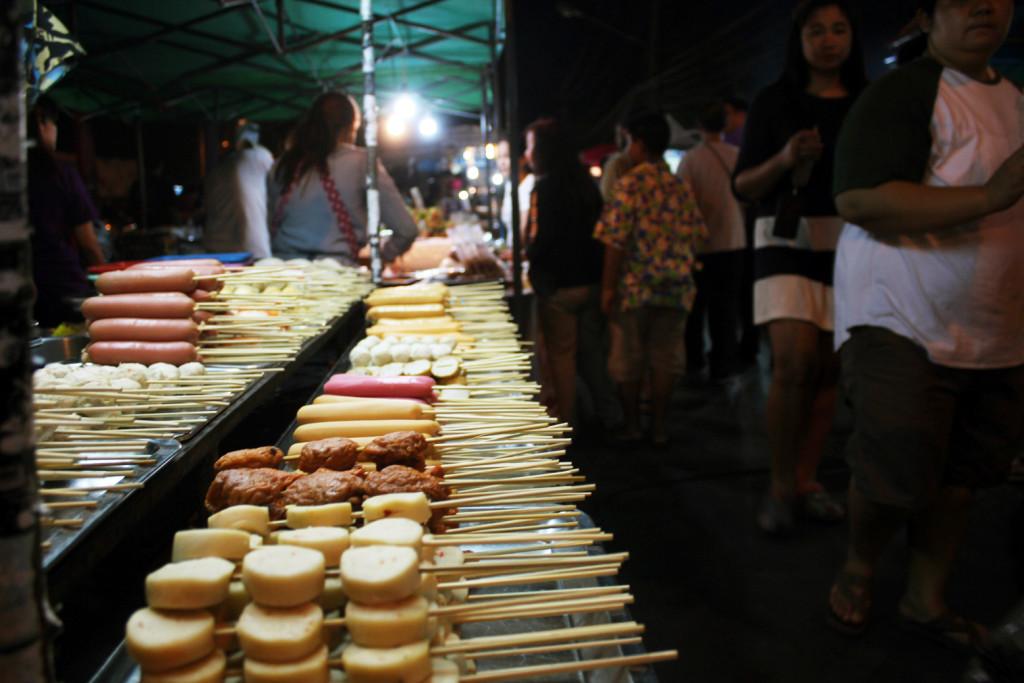 Klasik bir sokak yemeği: sosis ızgara