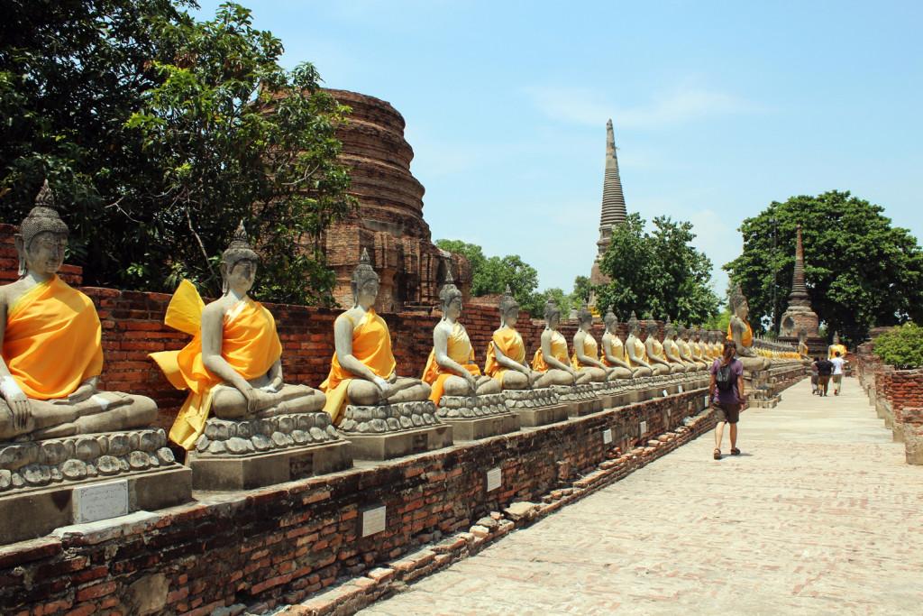 Wat Yai Chai Mongkoi