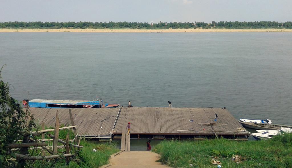 Kratie Dock and Kaoh Trong
